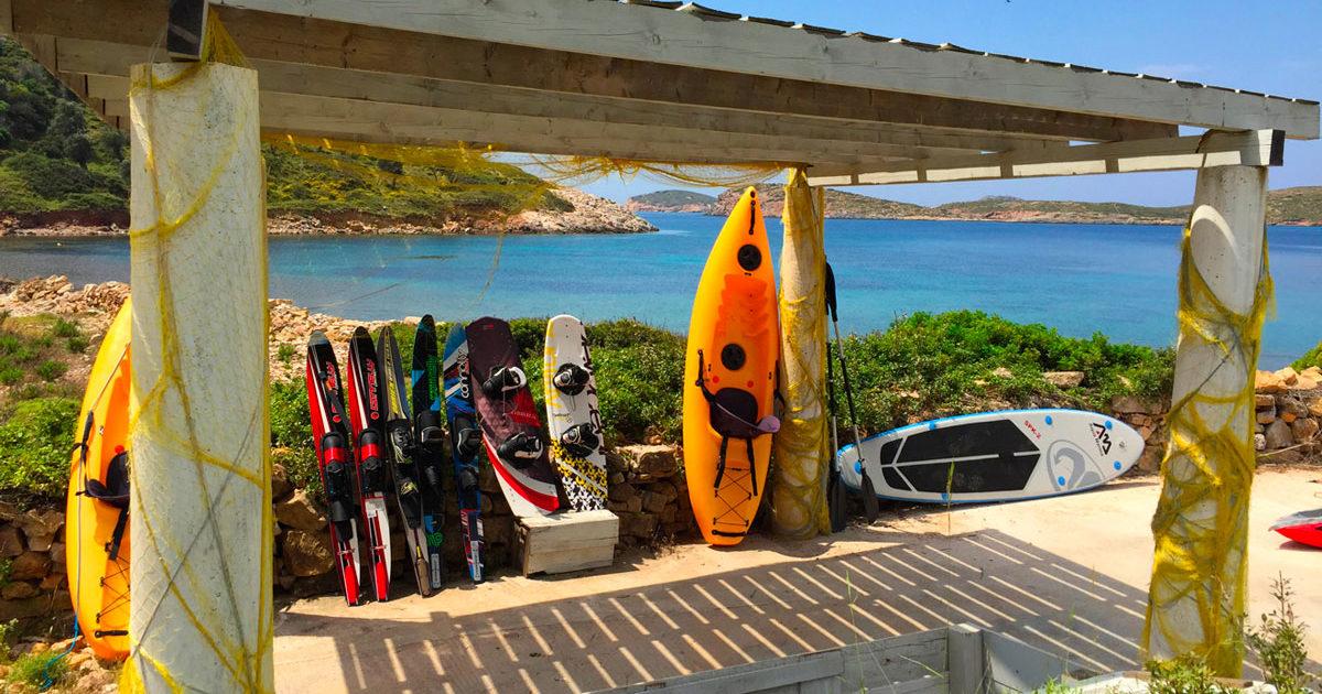 Kayaks, activités nautiques à la Villa M, Lipsi