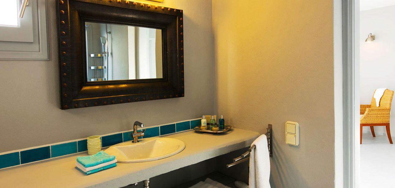Des salles de bains design à la Villa M, Lipsi