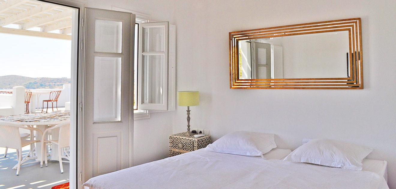 La Villa M, location d'une maison avec chambres romantiques avec vue sur la mer à Lipsi