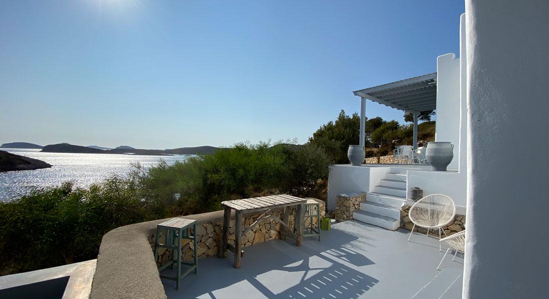 Lipsi, une maison à louer avec vue sur la mer