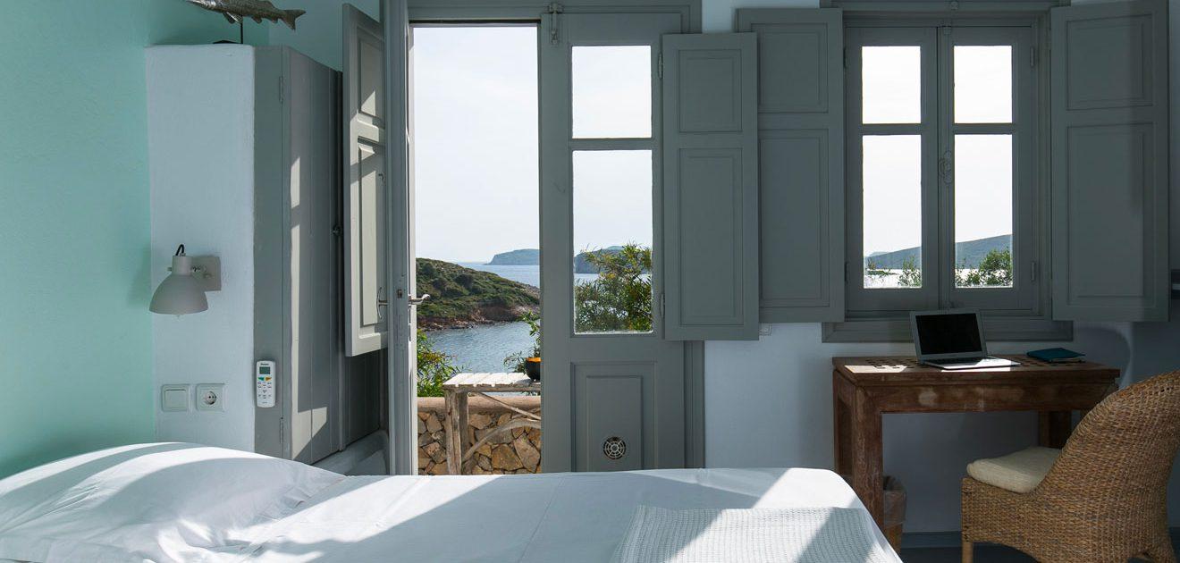 La Villa M, des chambres avec vue sur la mer à Lipsi