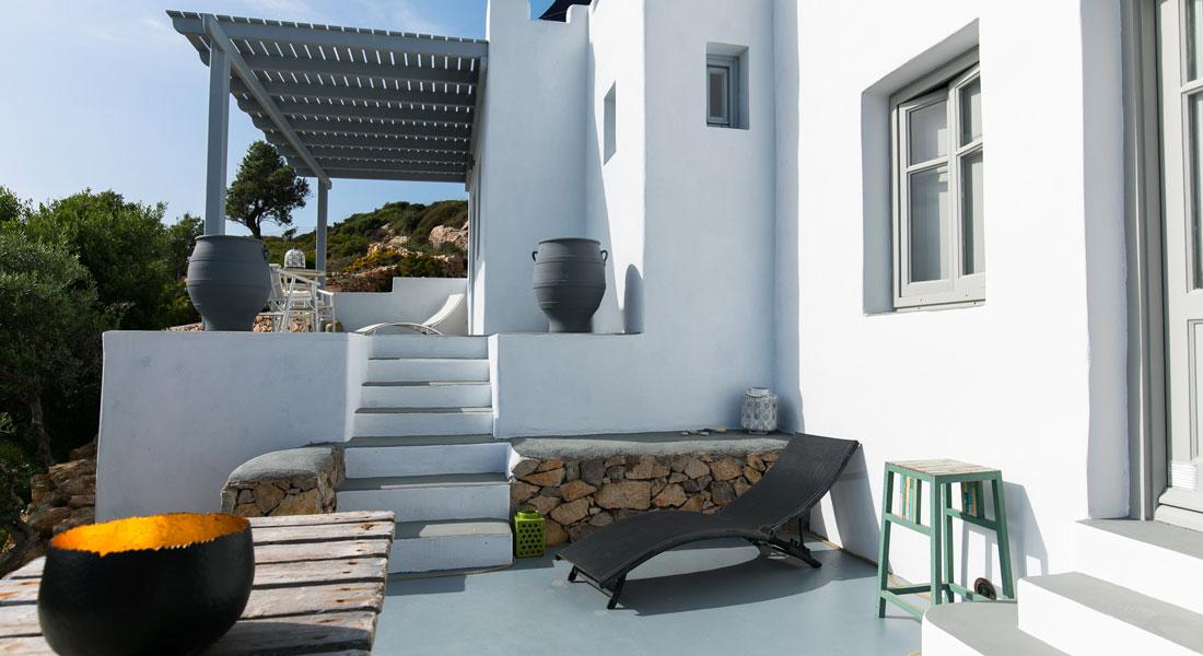 Bain de soleil à la Villa M, votre maison de vacances à Lipsi