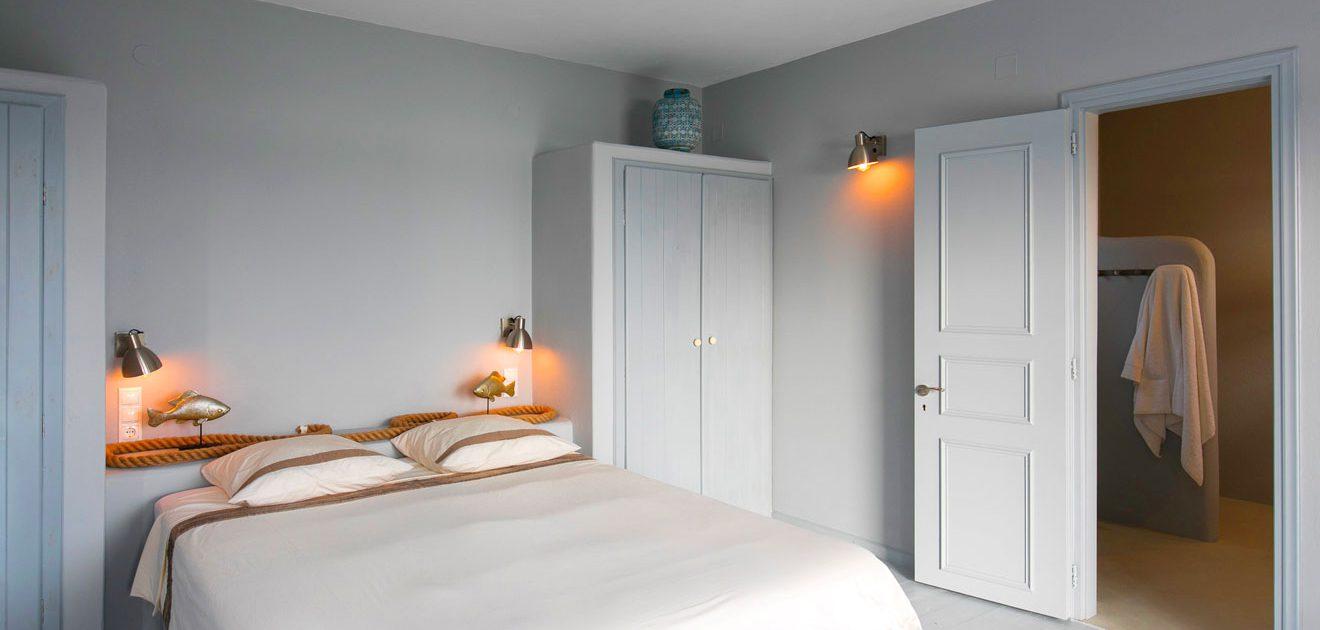 Location d'une maison familiale avec chambres lumineuses à la Villa M, Lipsi